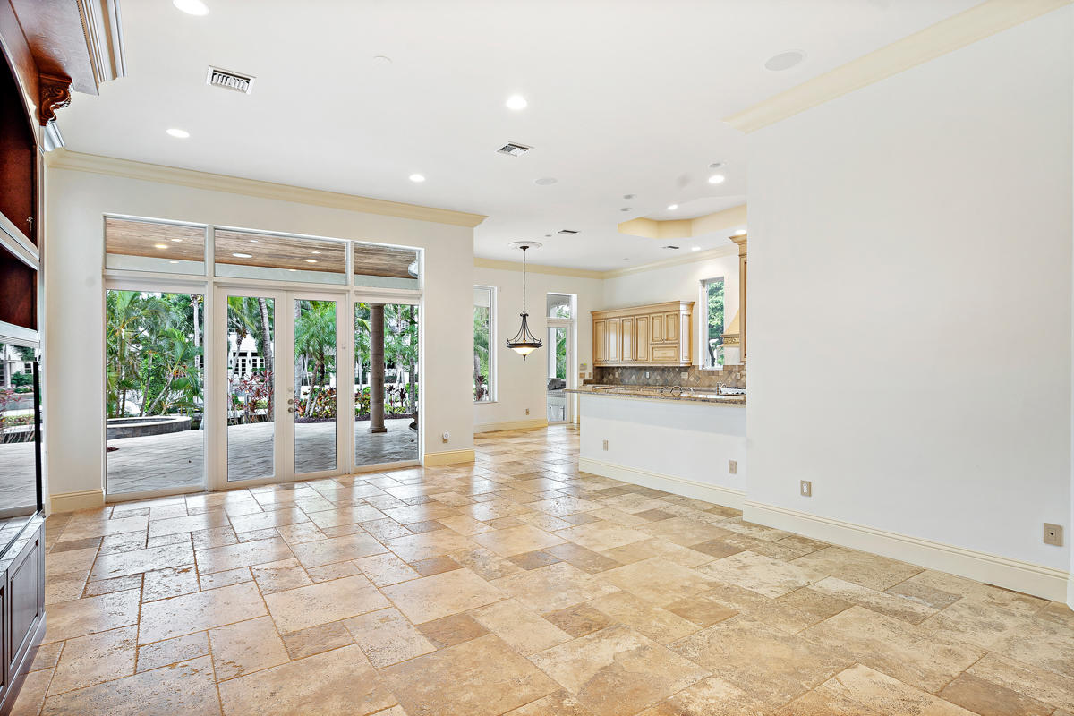 215 W Coconut Palm Road Boca Raton, FL 33432 photo 23