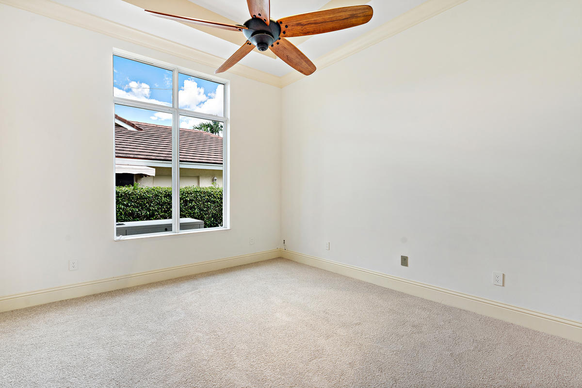 215 W Coconut Palm Road Boca Raton, FL 33432 photo 32