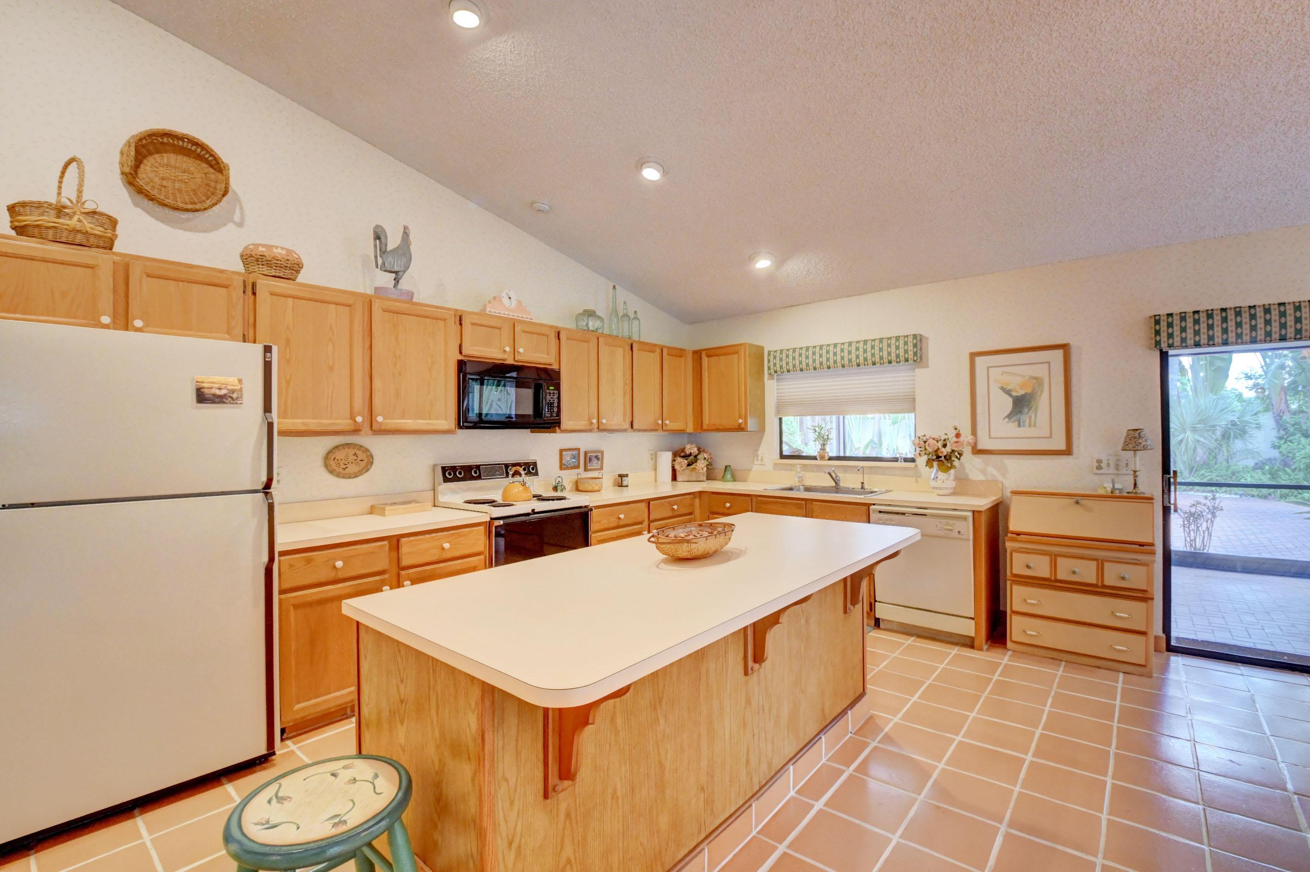 2345 Riviera Drive Delray Beach, FL 33445 photo 16