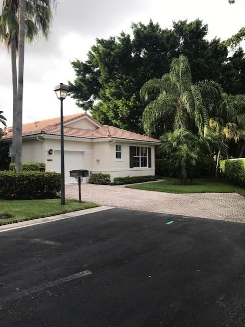 8205 Sandpiper Way West Palm Beach, FL 33412