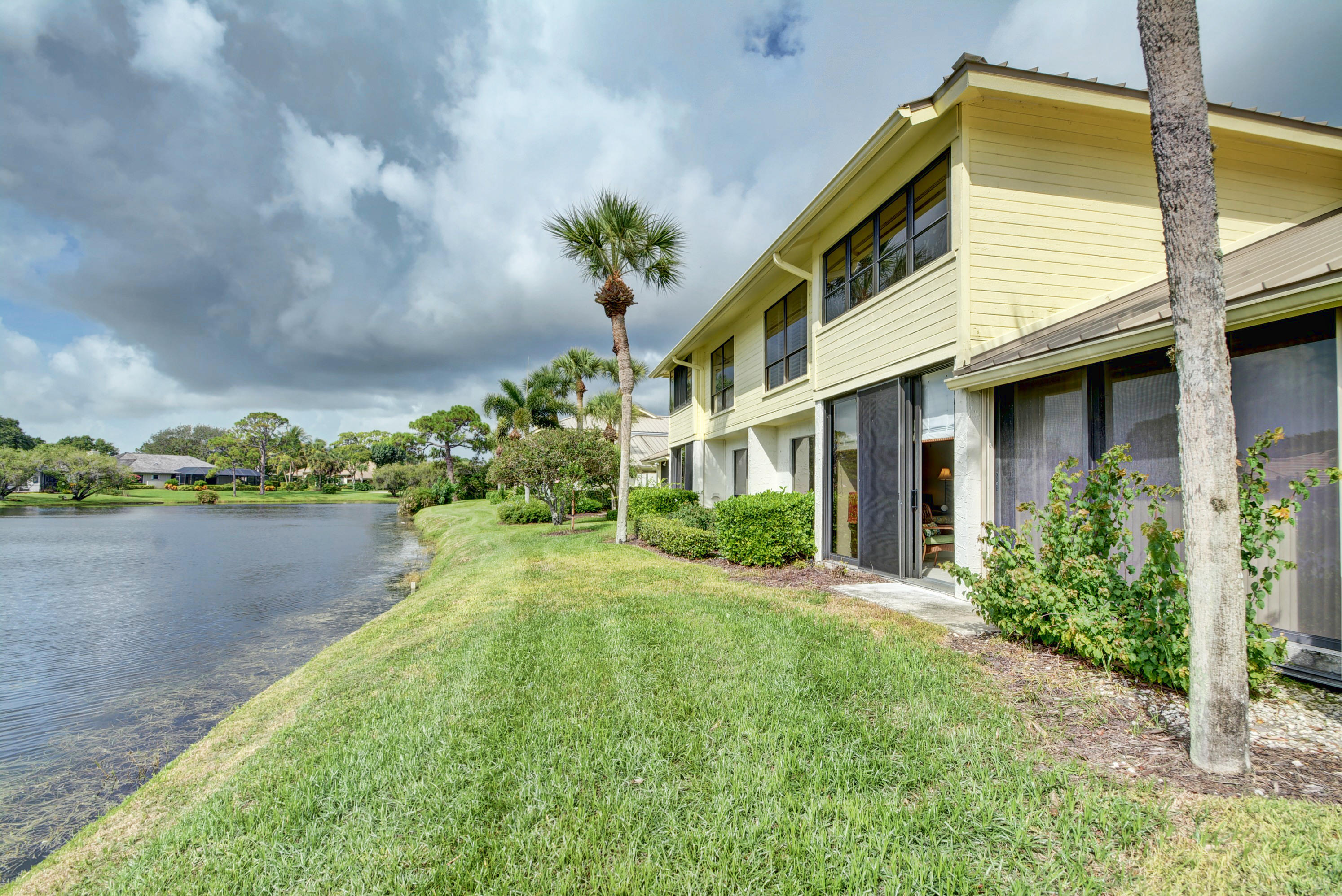5606 Foxcross Place, Stuart, Florida 34997, 3 Bedrooms Bedrooms, ,2.1 BathroomsBathrooms,A,Townhouse,Foxcross,RX-10452978
