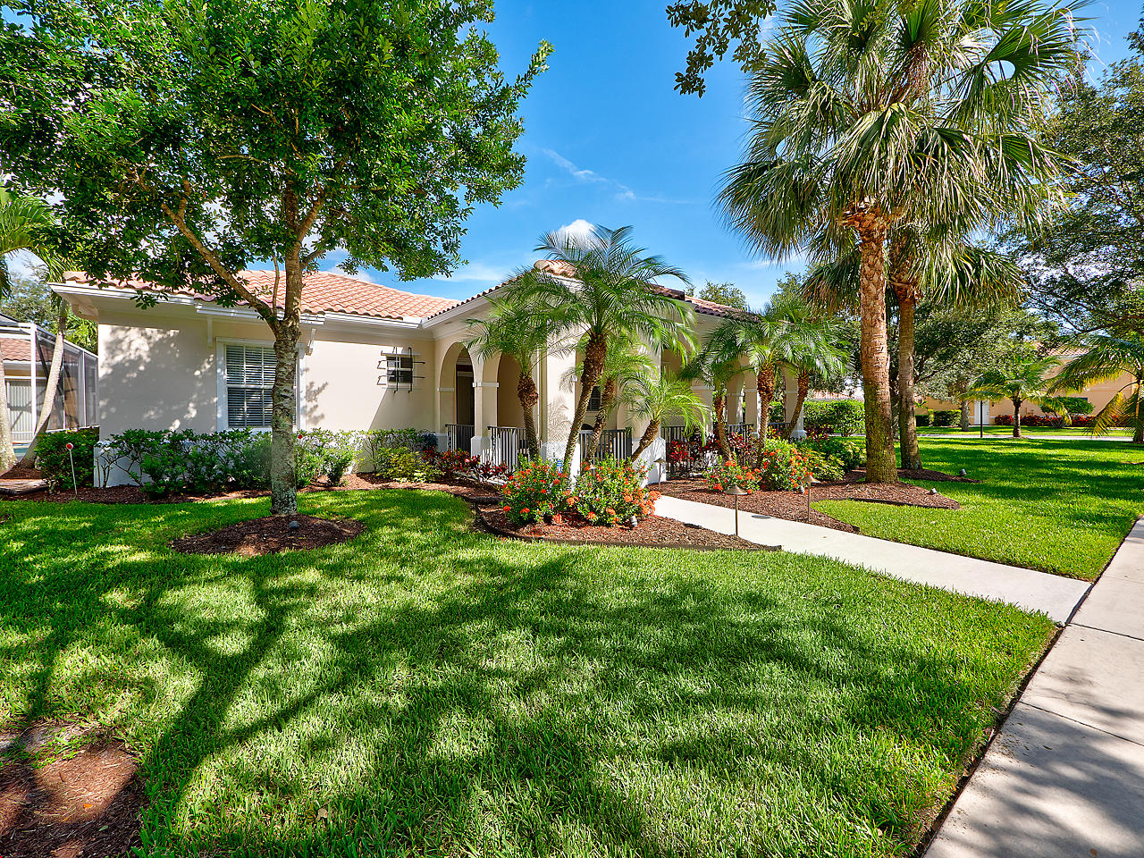 ABACOA JUPITER REAL ESTATE