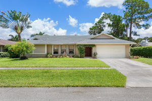 Property for sale at 13579 Jonquil Place, Wellington,  Florida 33414