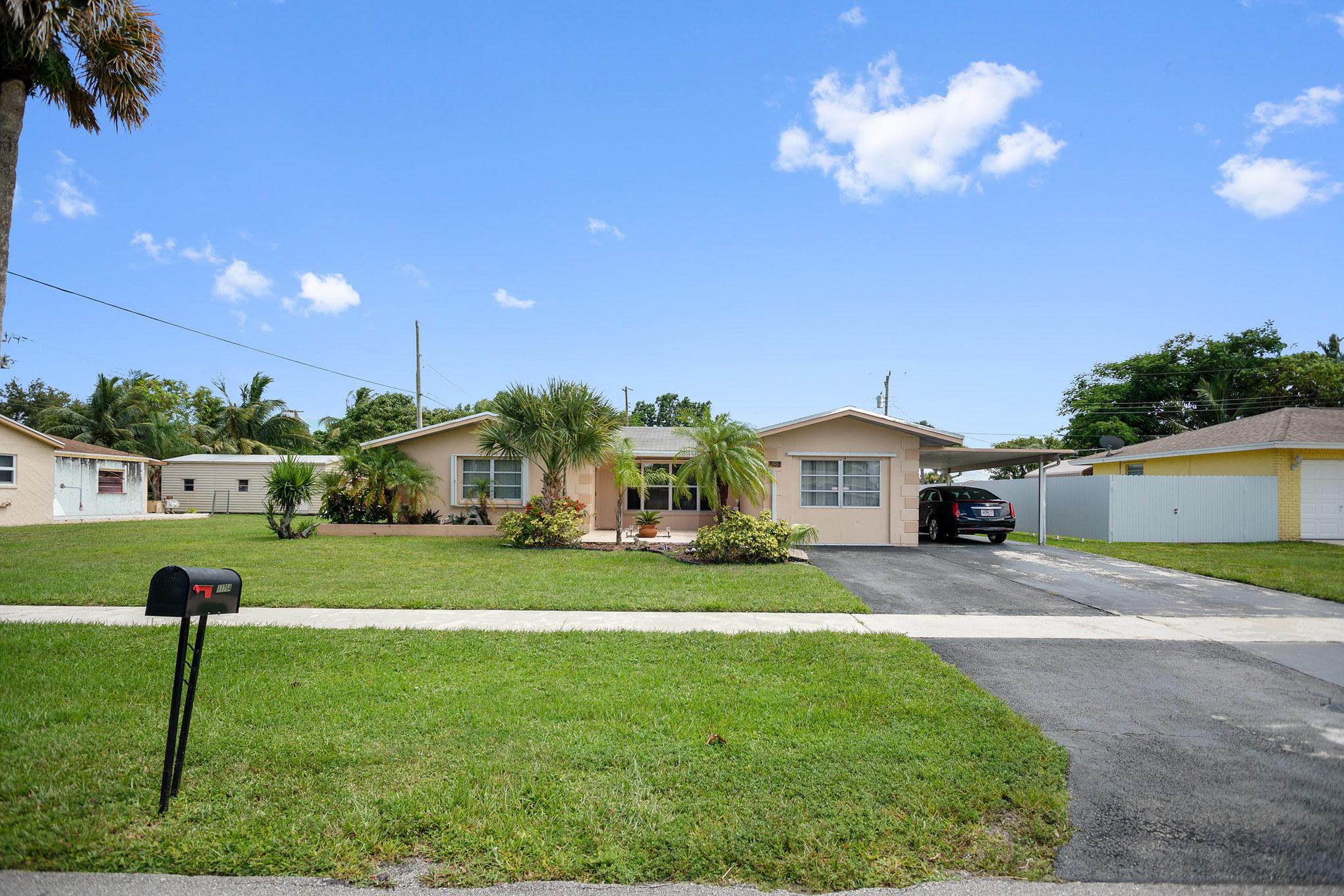 11764 Dahlia Drive Royal Palm Beach, FL 33411 photo 2
