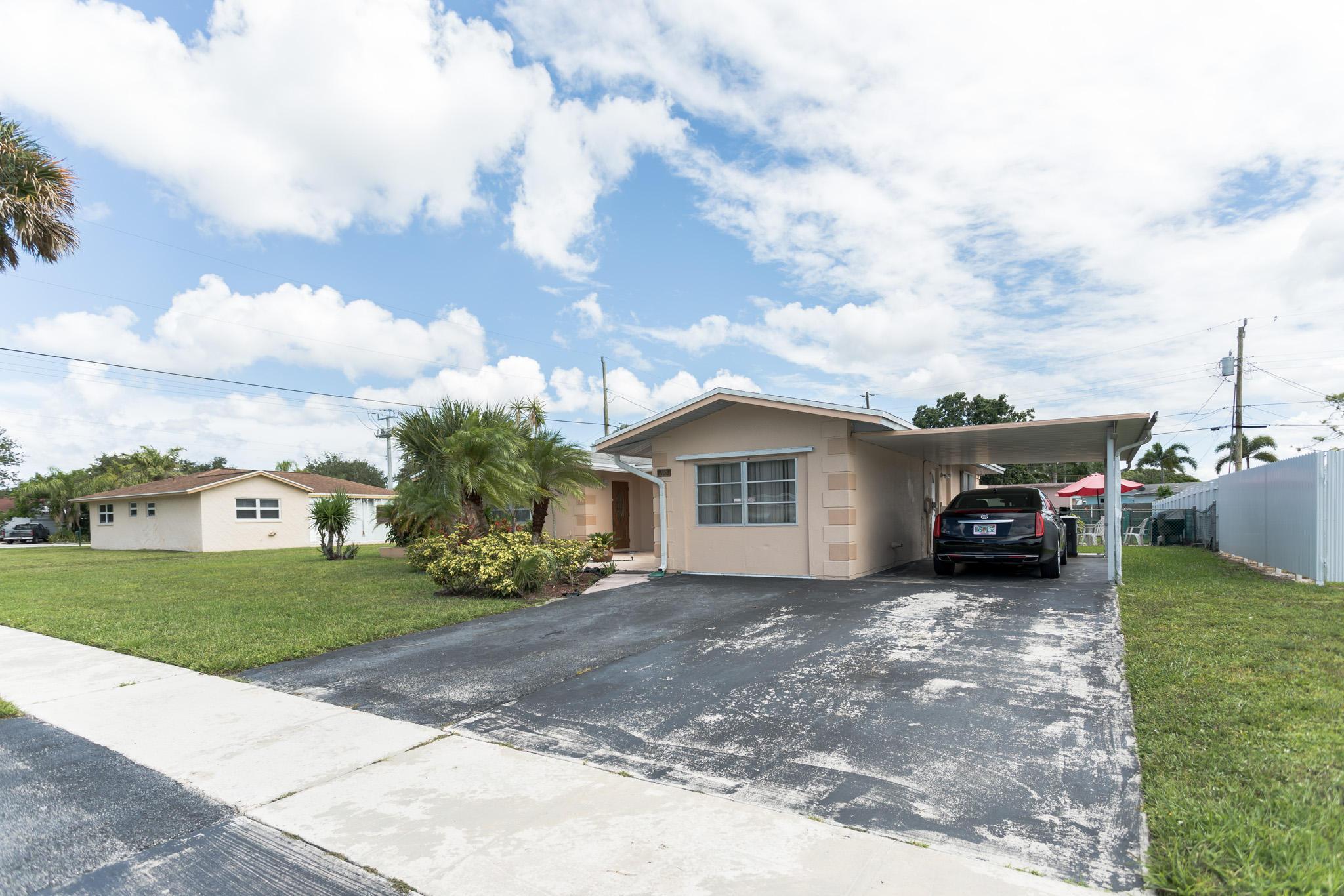 11764 Dahlia Drive Royal Palm Beach, FL 33411 photo 3