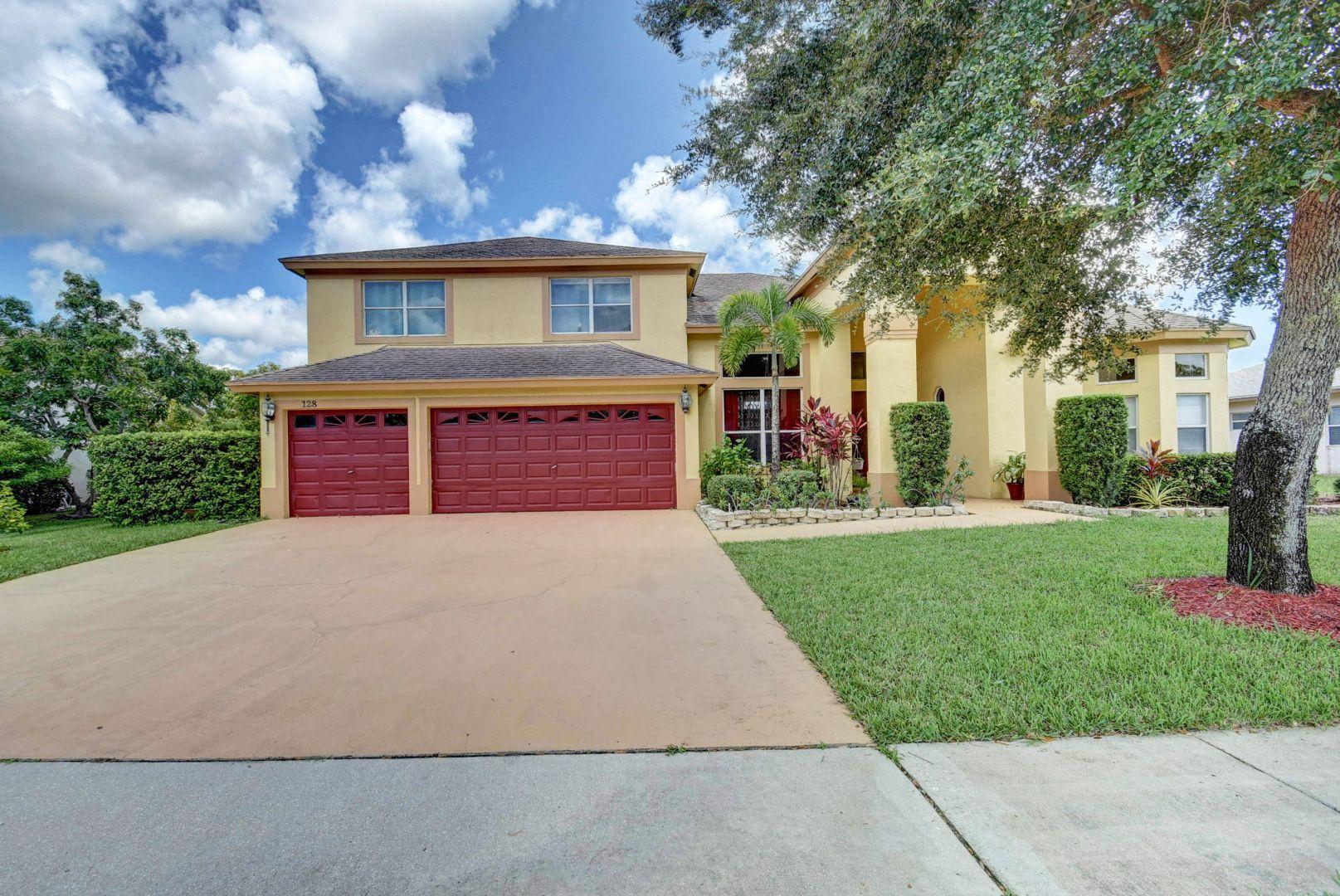128 Monterey Way Royal Palm Beach, FL 33411