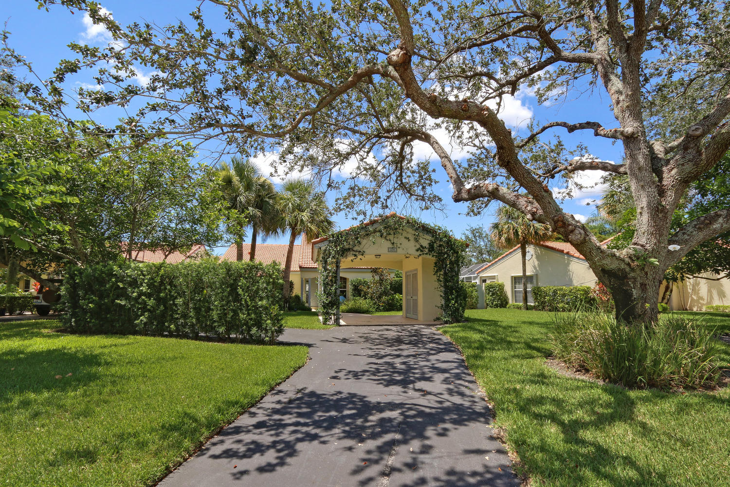 Home for sale in LAS CASITAS 2 Wellington Florida