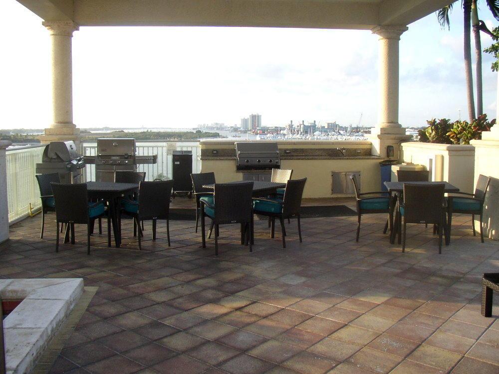 2650 Lake Shore Drive 2506, Riviera Beach, Florida 33404, 3 Bedrooms Bedrooms, ,3.1 BathroomsBathrooms,F,Condominium,Lake Shore,RX-10454397