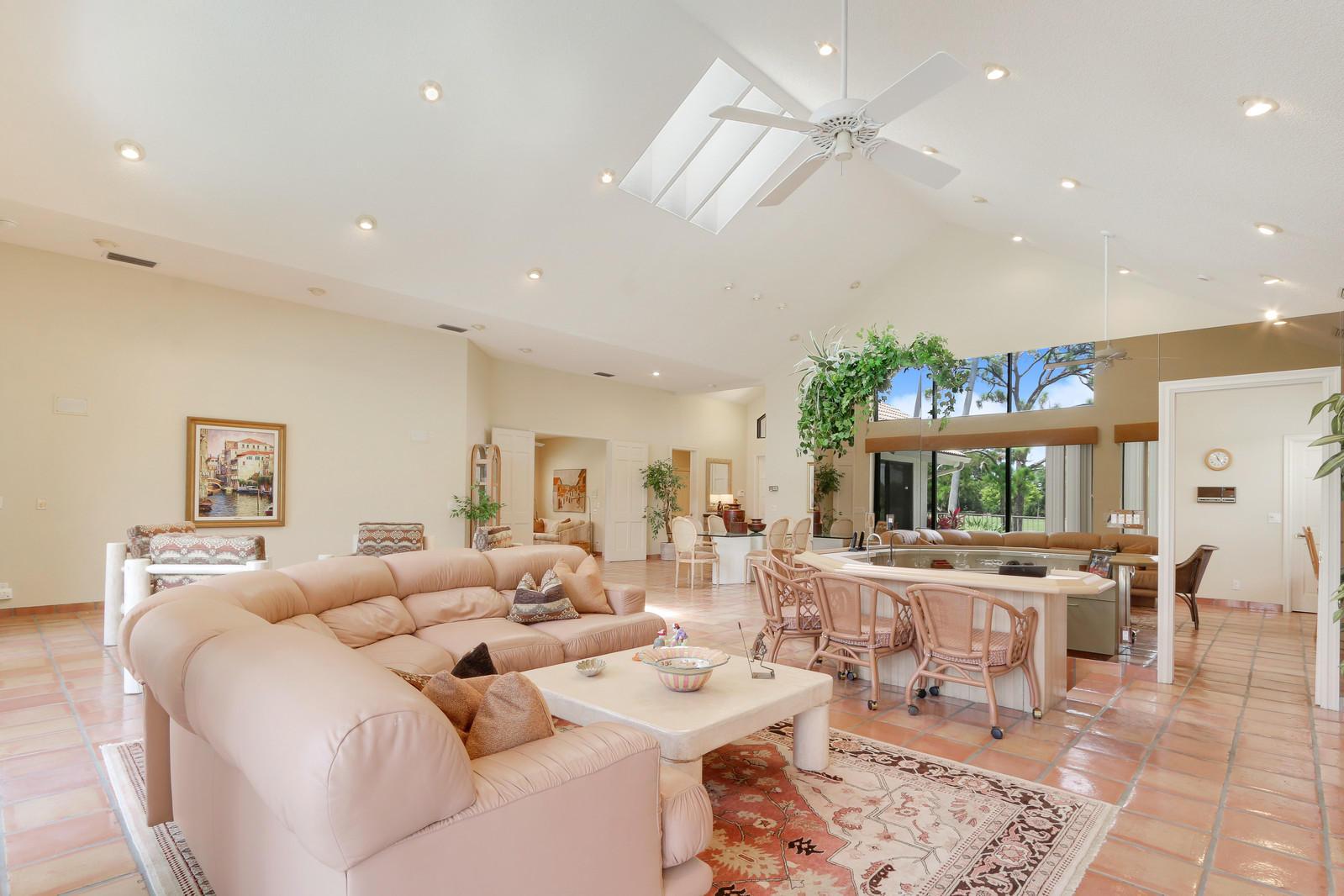 13813 Rivoli Drive, Palm Beach Gardens, Florida 33410, 3 Bedrooms Bedrooms, ,3.1 BathroomsBathrooms,A,Single family,Rivoli,RX-10454593