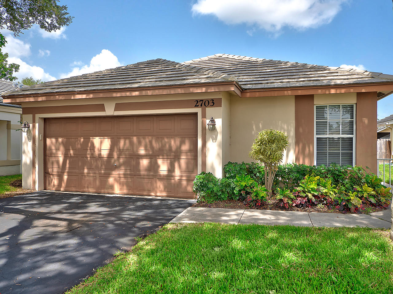 Home for sale in Forest Ridge Davie Florida