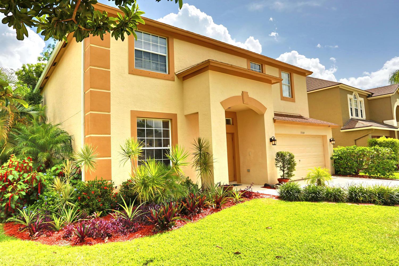 15104 Oak Chase Court Wellington, FL 33414