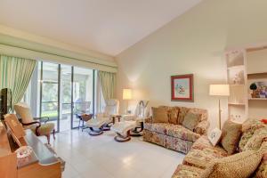 7628 Lexington Club Boulevard Delray Beach FL 33446 - photo 8