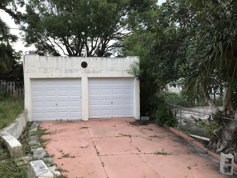 924 Mcintosh Street 1&2 West Palm Beach, FL 33405 photo 3