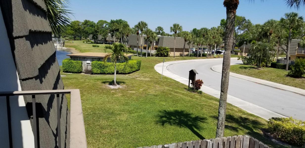 816 8th Way West Palm Beach, FL 33407