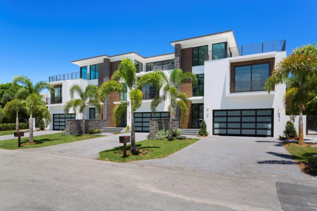 Home for sale in 215 Macfarlane Delray Beach Florida