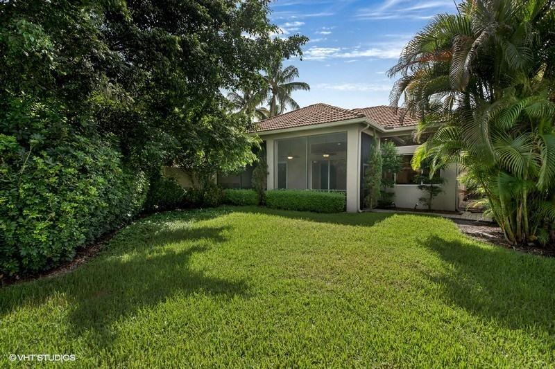 9052 Sand Pine Lane West Palm Beach, FL 33412 photo 12