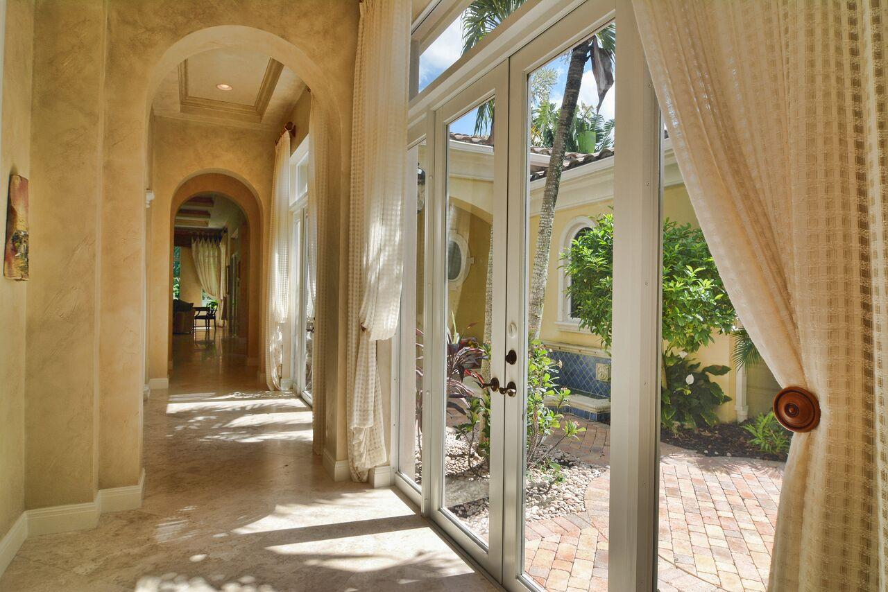 OLD PALM PALM BEACH GARDENS REAL ESTATE