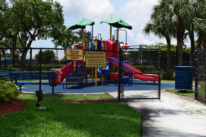 5886 Bay Hill Circle Lake Worth, FL 33463 photo 23