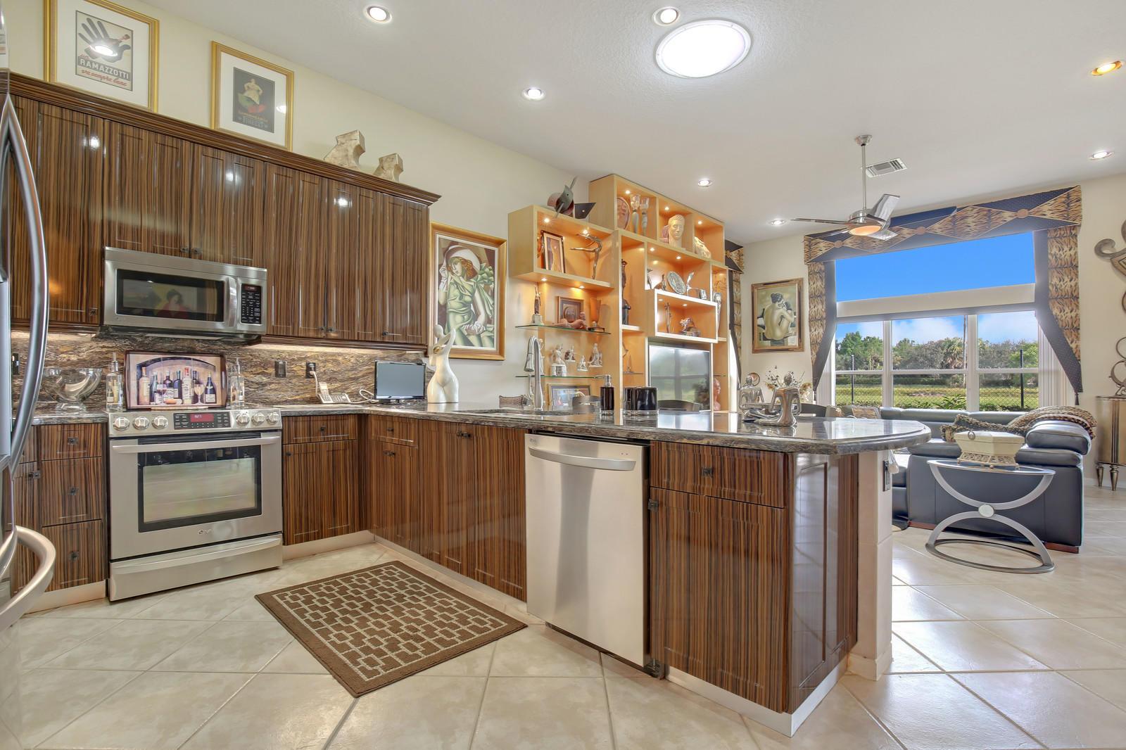Home for sale in VALENCIA FALLS 10 Delray Beach Florida