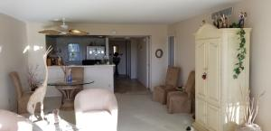 Palm-aire Country Club Condo 23