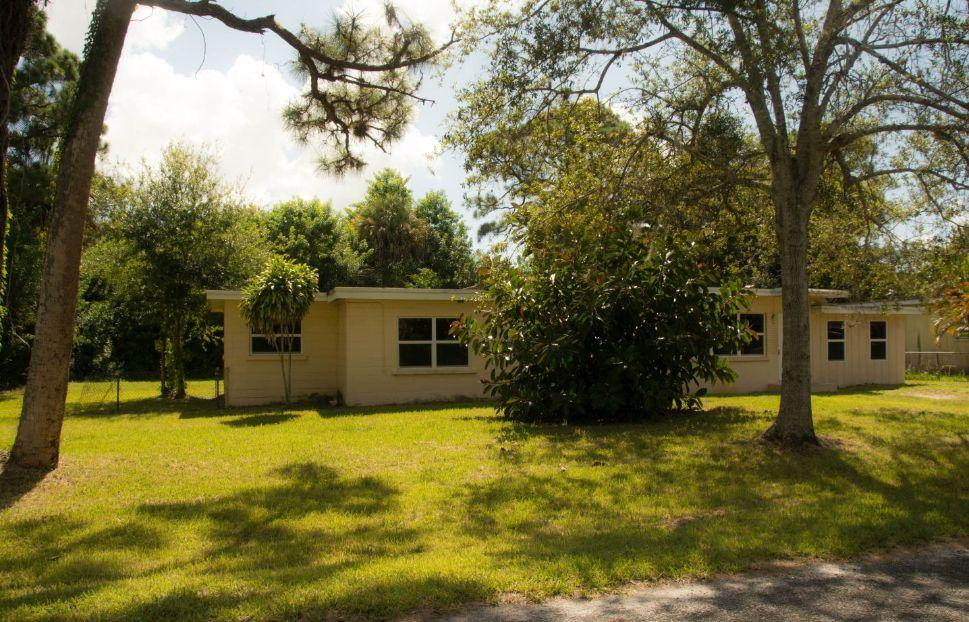 Home for sale in CLYDESDALE HEIGHTS Fort Pierce Florida