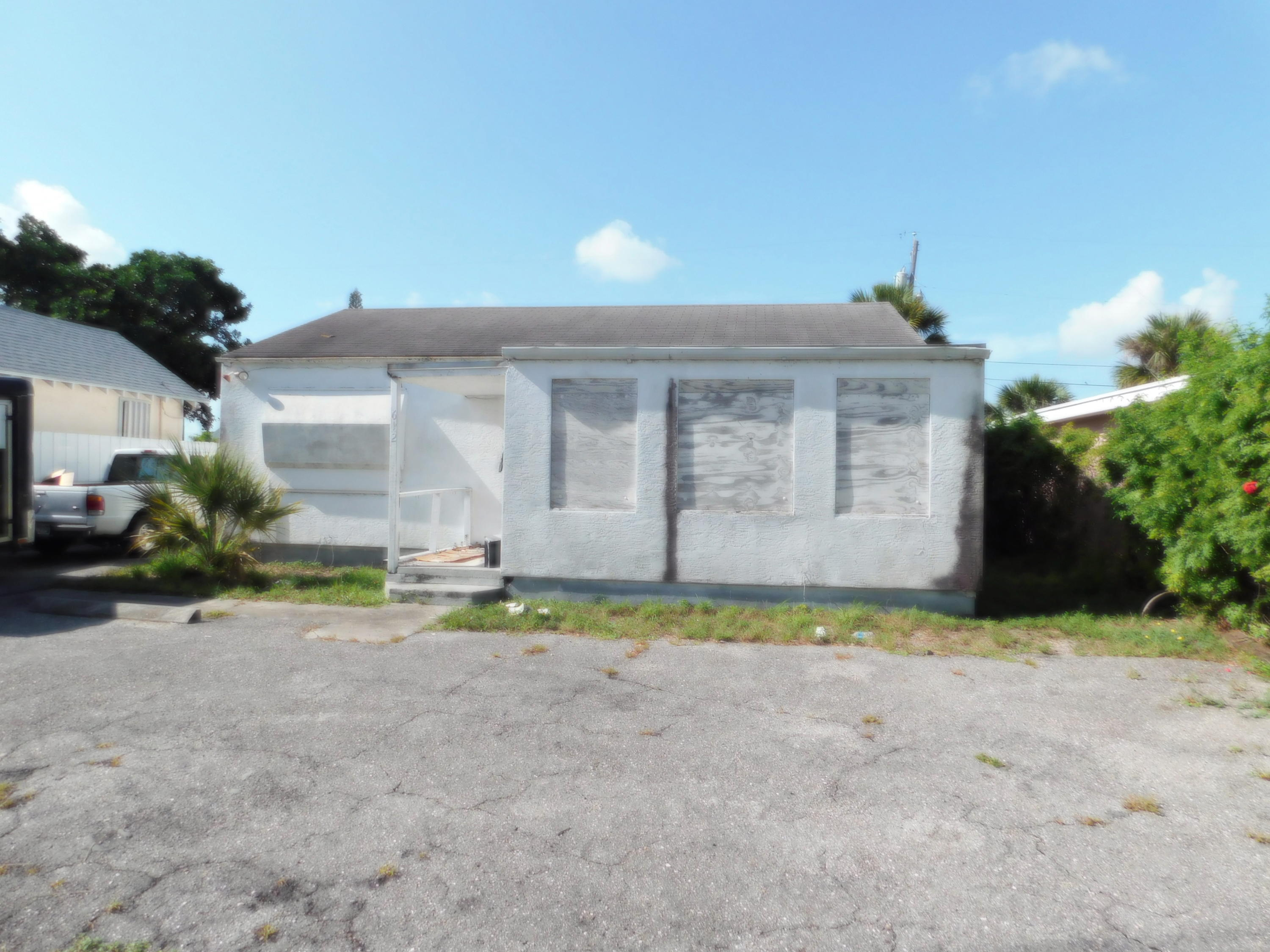 Home for sale in NORTH PALM BCH PL 4 West Palm Beach Florida