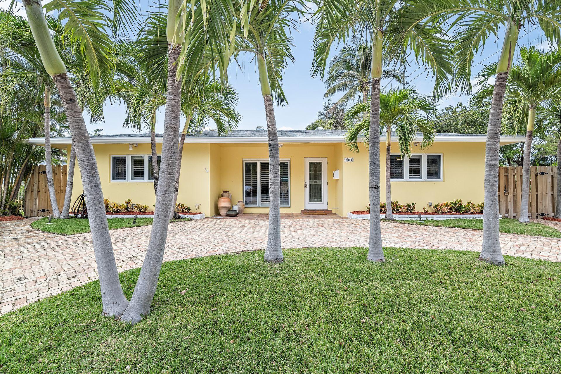 301 Edgewood Drive West Palm Beach, FL 33405