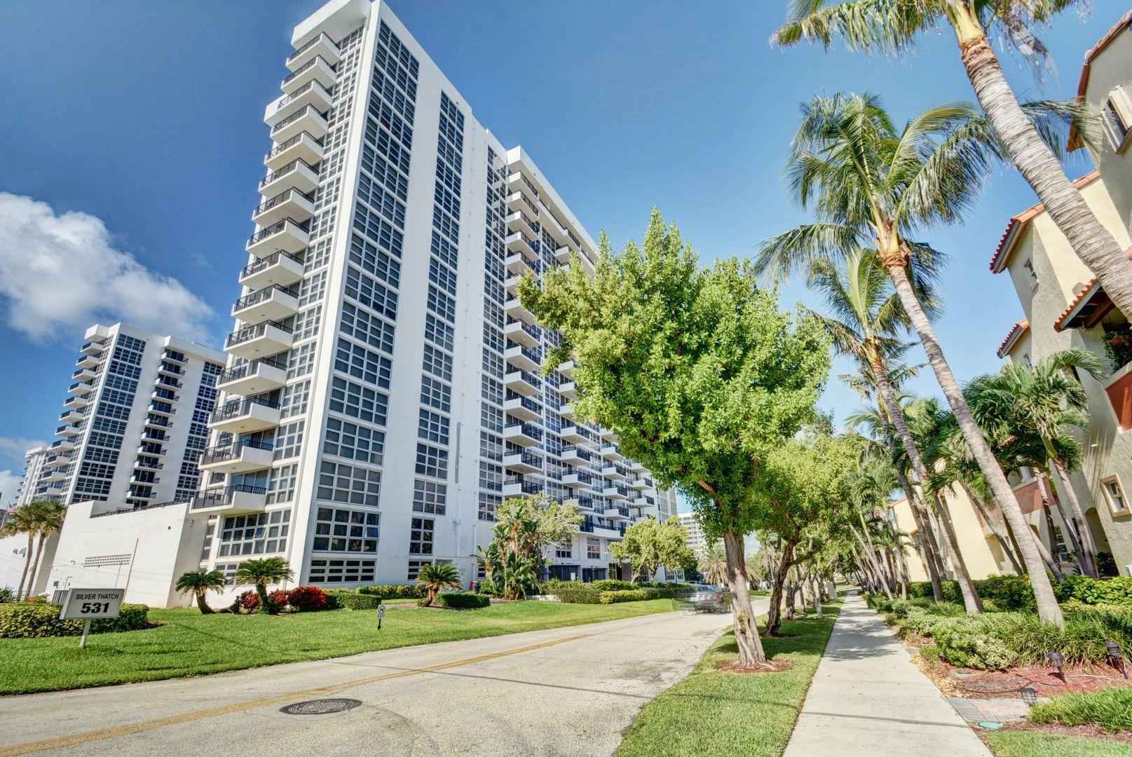Home for sale in SILVER THATCH ATLANTIC PLAZA CONDO Pompano Beach Florida