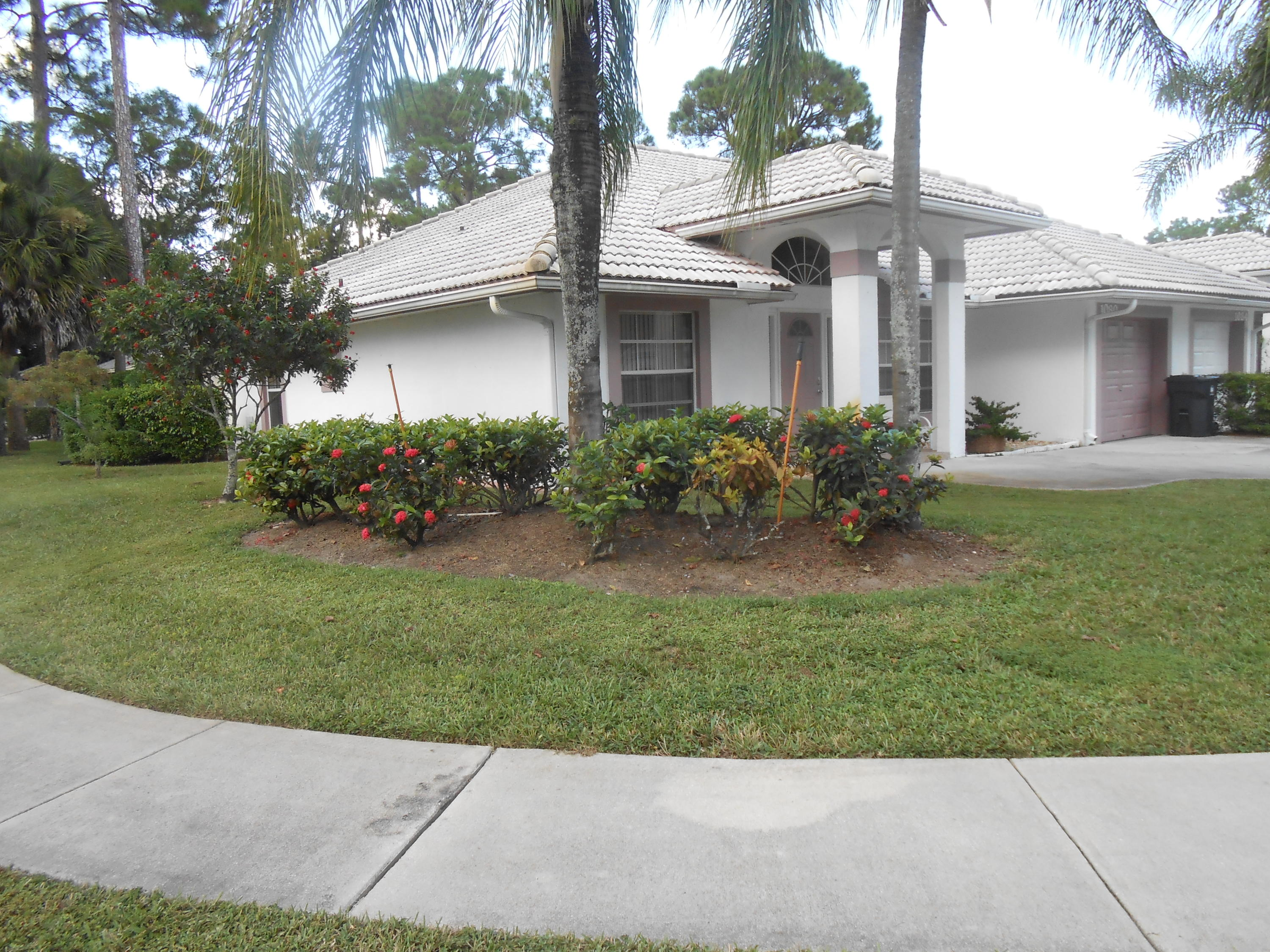 1080 Mulberry Place Wellington, FL 33414 photo 2