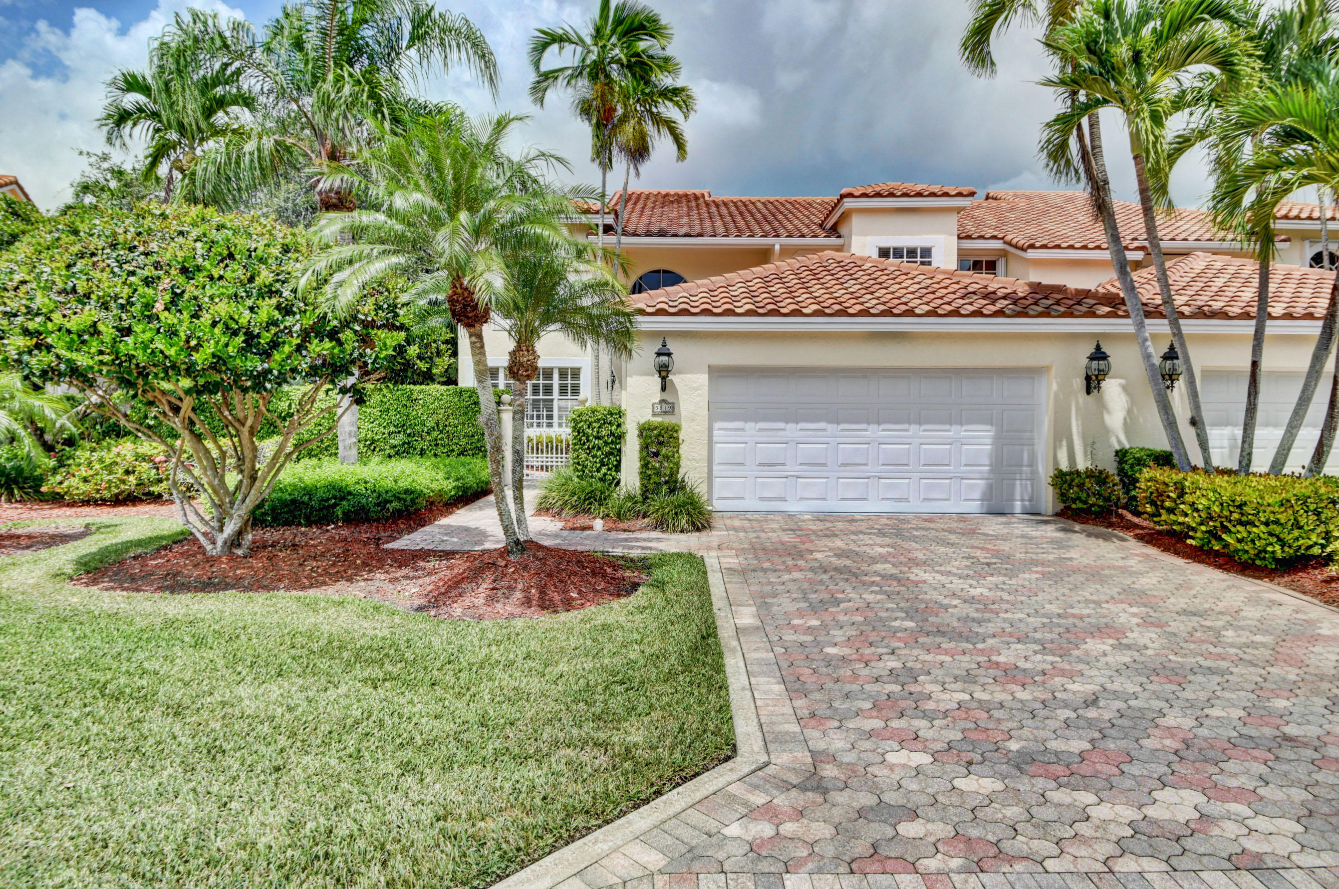 Photo of home for sale at 5819 24th Terrace NW, Boca Raton FL