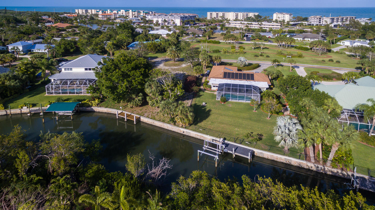 Photo of home for sale at 4403 Sunset Drive, Vero Beach FL