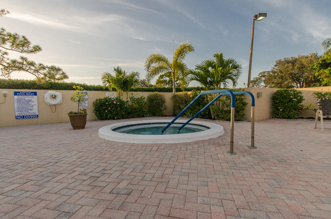 635 NW 31st Avenue Delray Beach, FL 33445 photo 59