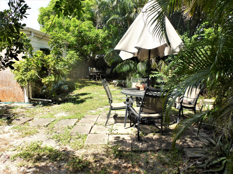 925 Churchill Road West Palm Beach, FL 33405 photo 16