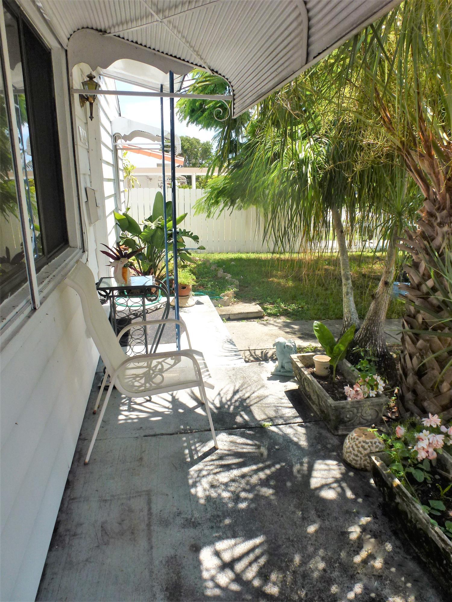 925 Churchill Road West Palm Beach, FL 33405 photo 17