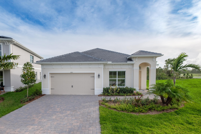 Photo of home for sale at 4813 Millbrook Lane SW, Stuart FL