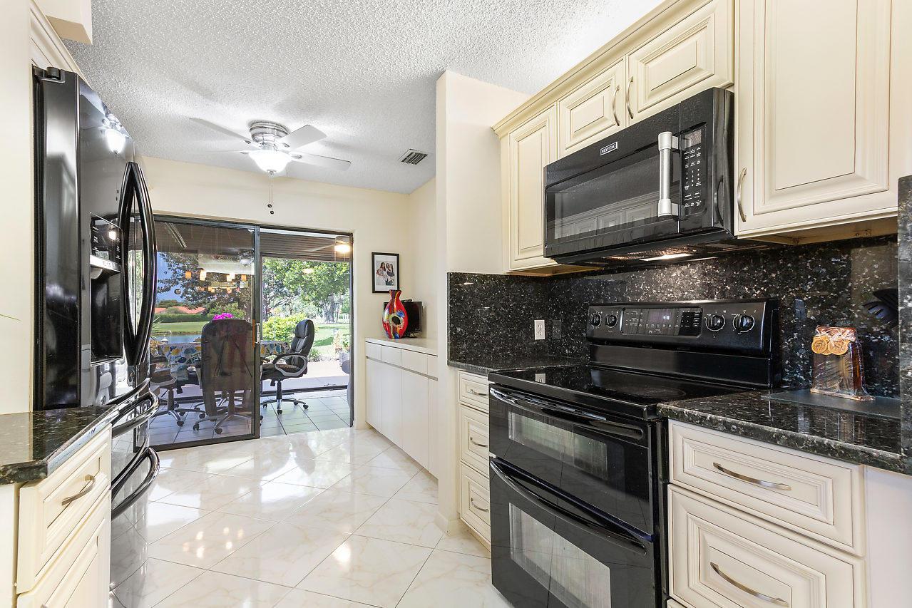 5615 Pleasant Valley Lane Delray Beach, FL 33484 photo 12