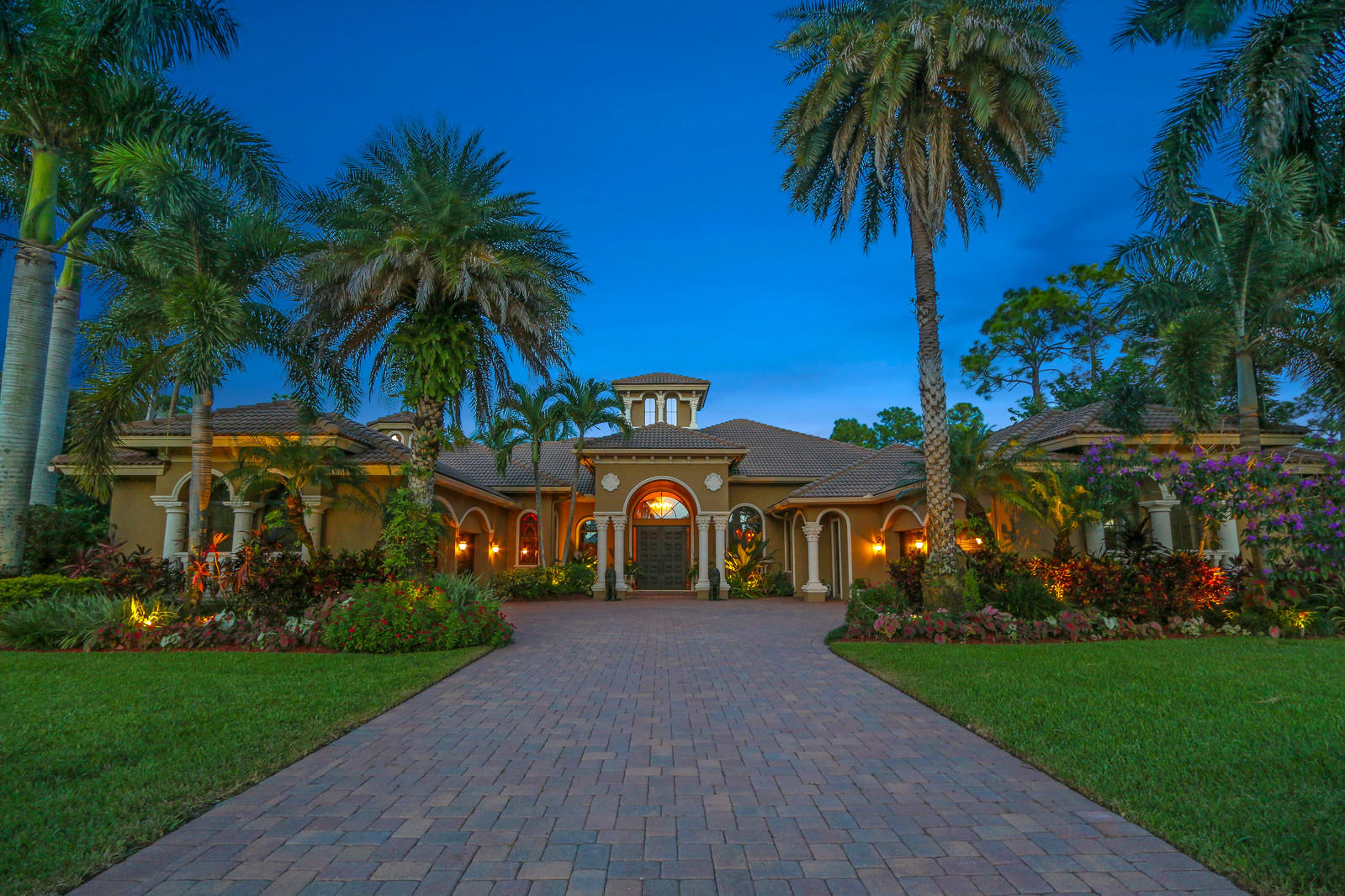 BAY HILL ESTATES REAL ESTATE