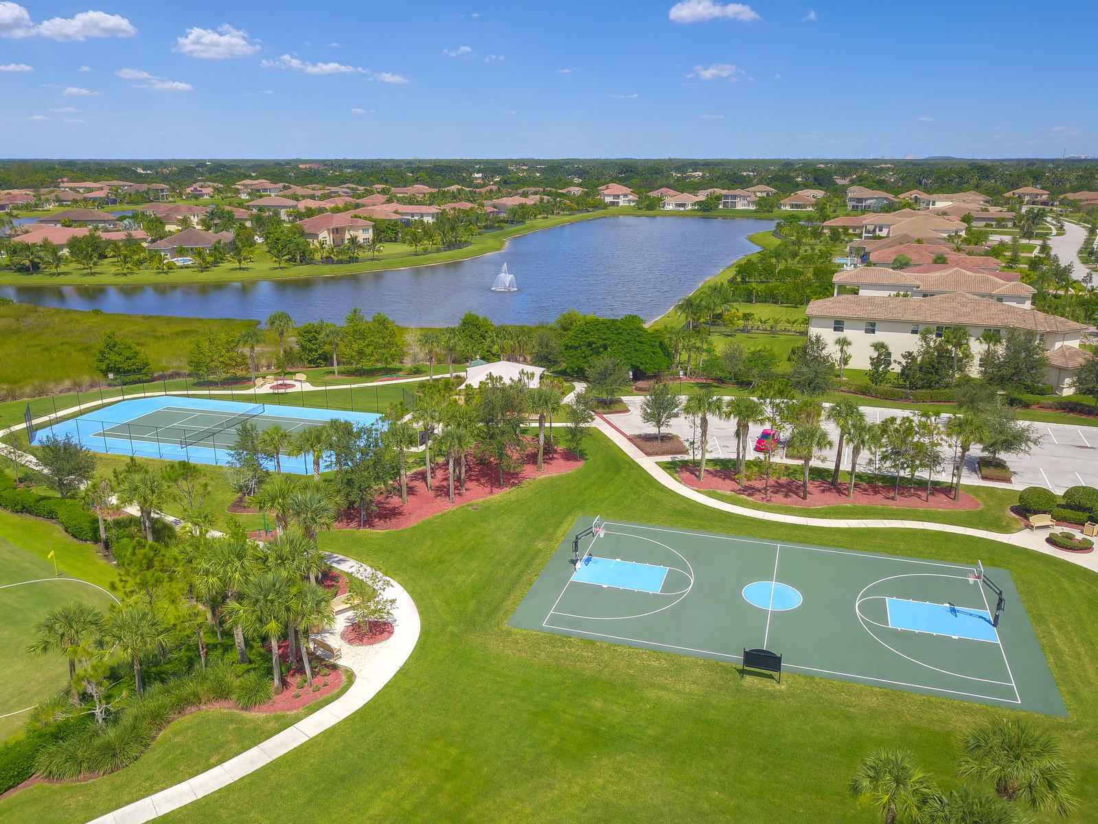 BAY HILL ESTATES HOMES