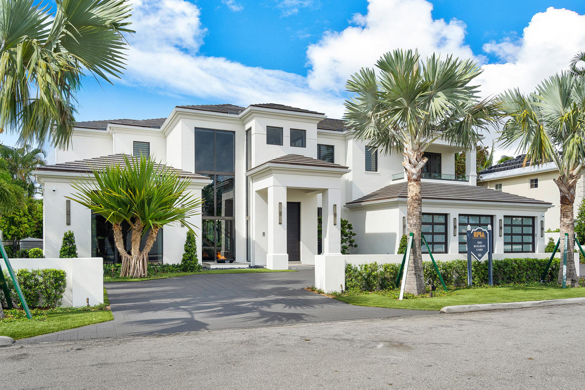Photo of 271 W Coconut Palm Road, Boca Raton, FL 33432