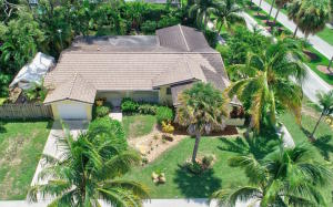 ROYAL OAK HILLS home 698 SW 4th Street Boca Raton FL 33486