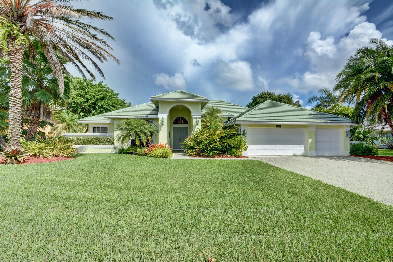 Photo of home for sale at 8867 Marina Bay Drive SE, Hobe Sound FL