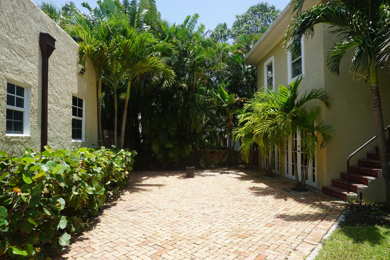 740 Avon Road West Palm Beach, FL 33401 photo 2