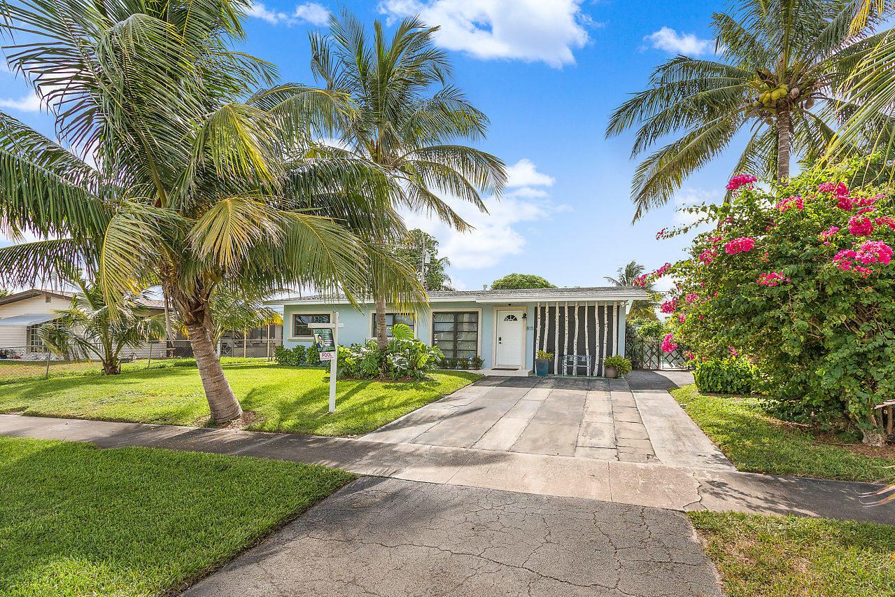 Home for sale in LANTANA HEIGHTS 6 Lantana Florida