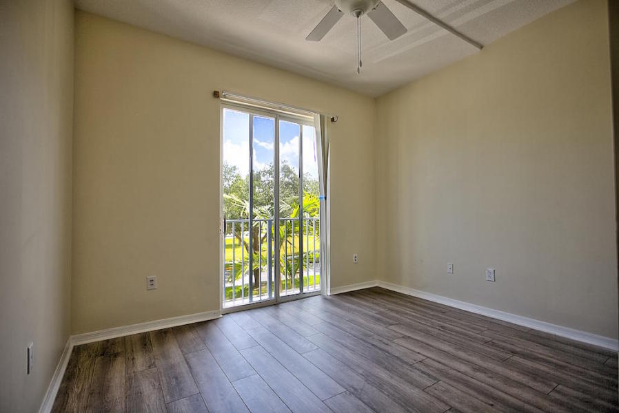 1155 Main Street 214, Jupiter, Florida 33458, 3 Bedrooms Bedrooms, ,2 BathroomsBathrooms,F,Condominium,Main,RX-10461228
