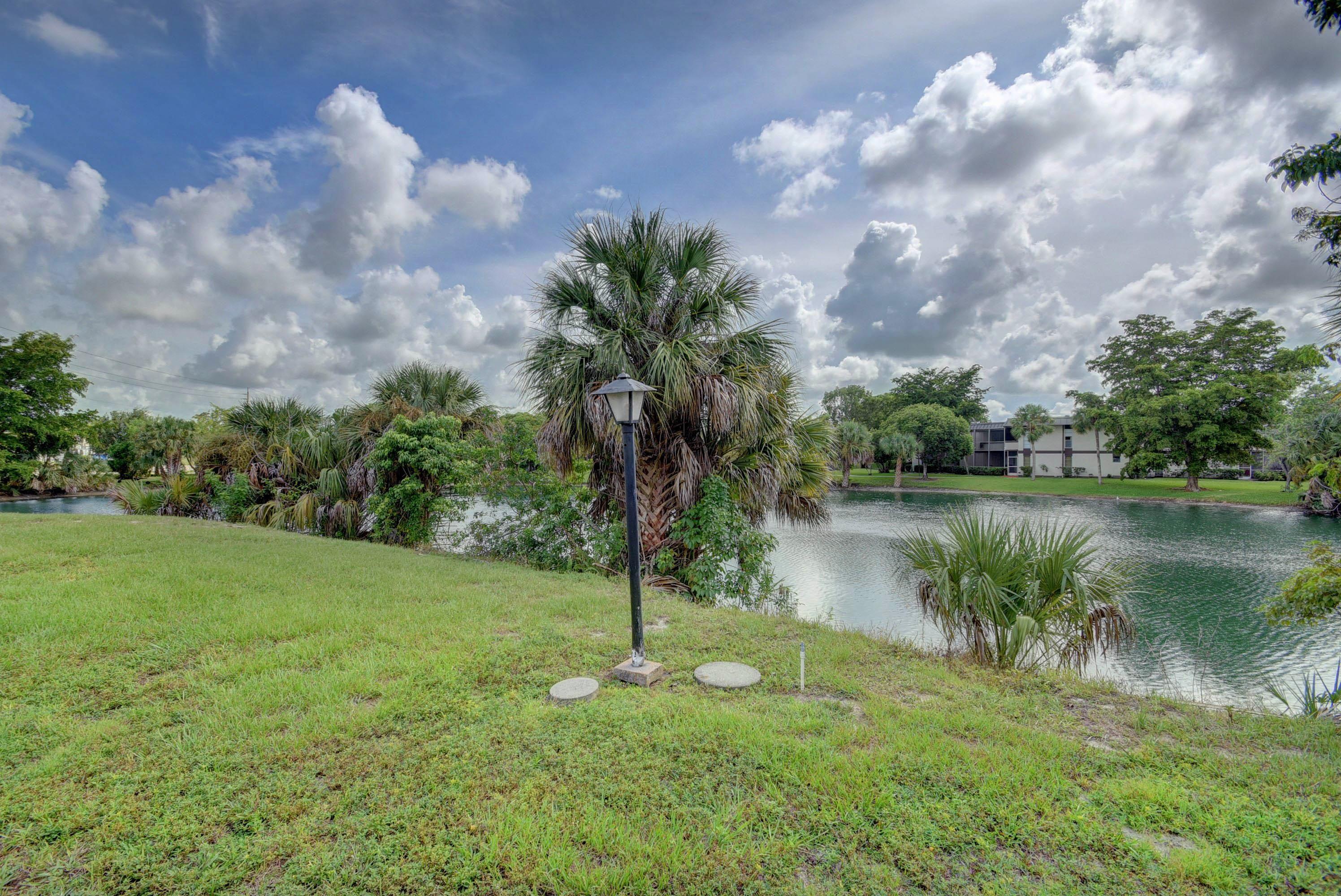102 Colony Drive Royal Palm Beach, FL 33411 photo 24
