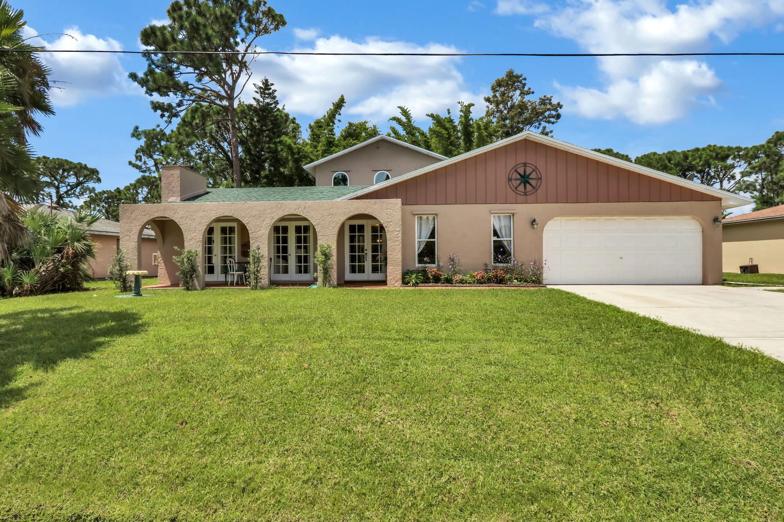1992 SW Brisbane Street, Port Saint Lucie, Florida