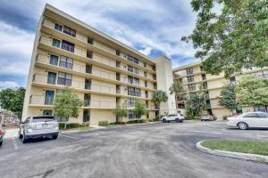 Boca Bayou Ph 1, 2, Thru 5 & 7 Condos