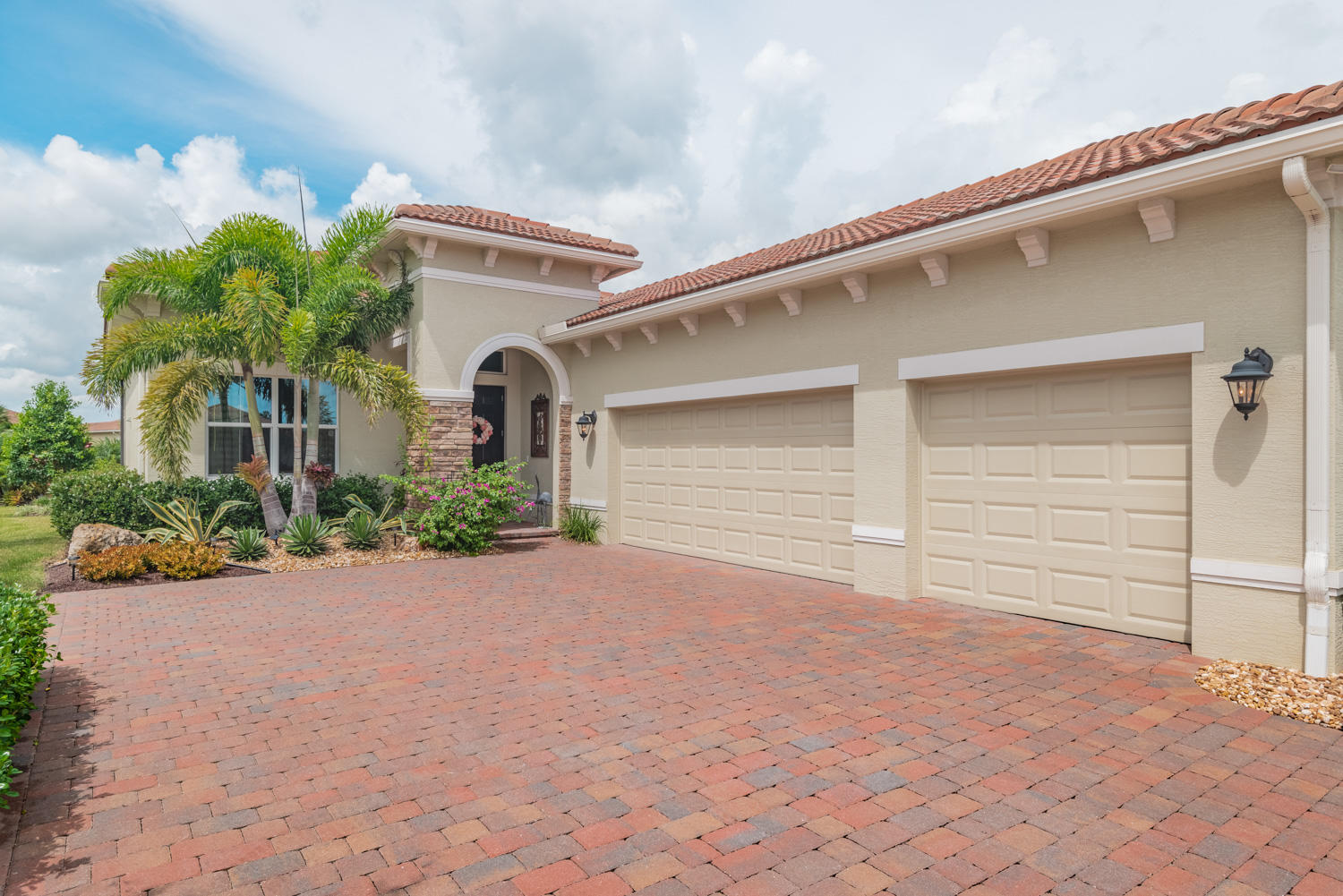 10554 Capraia Port Saint Lucie 34986