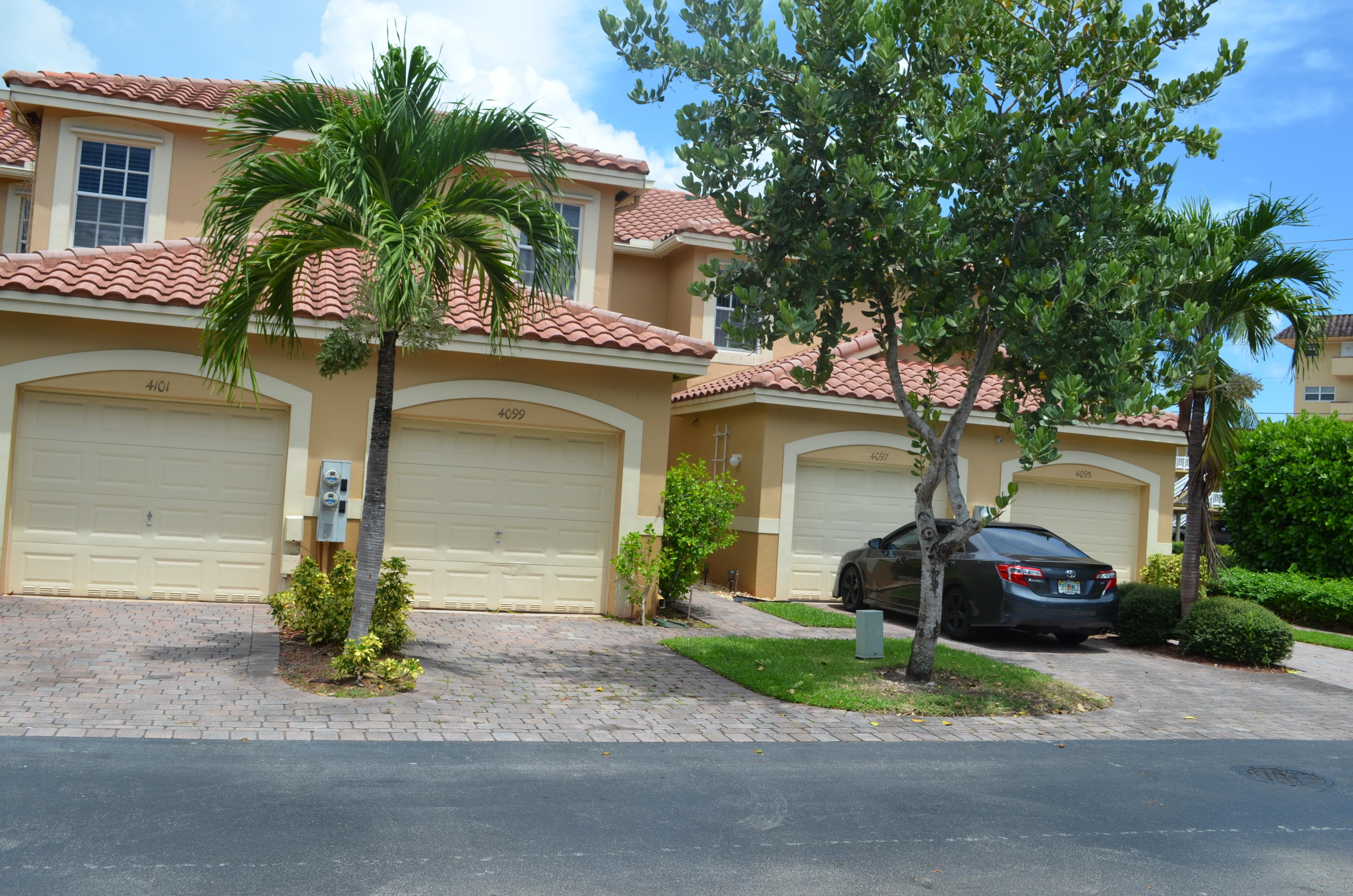 Home for sale in San Briana Deerfield Beach Florida