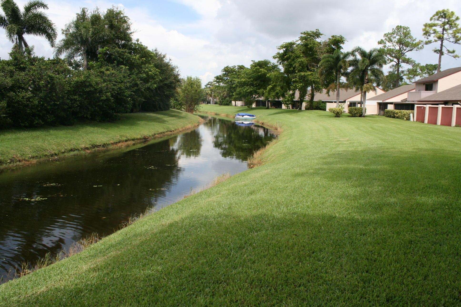 12768 Spinnaker Lane Wellington, FL 33414 photo 8